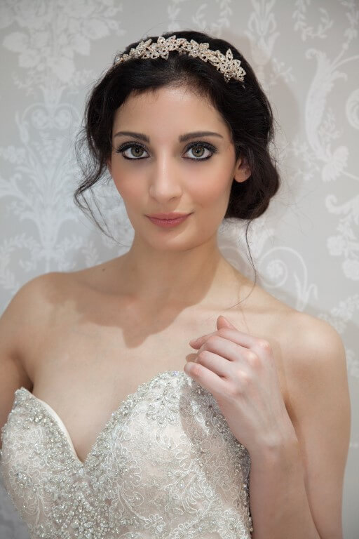 how to become a bridal makeup artist uk